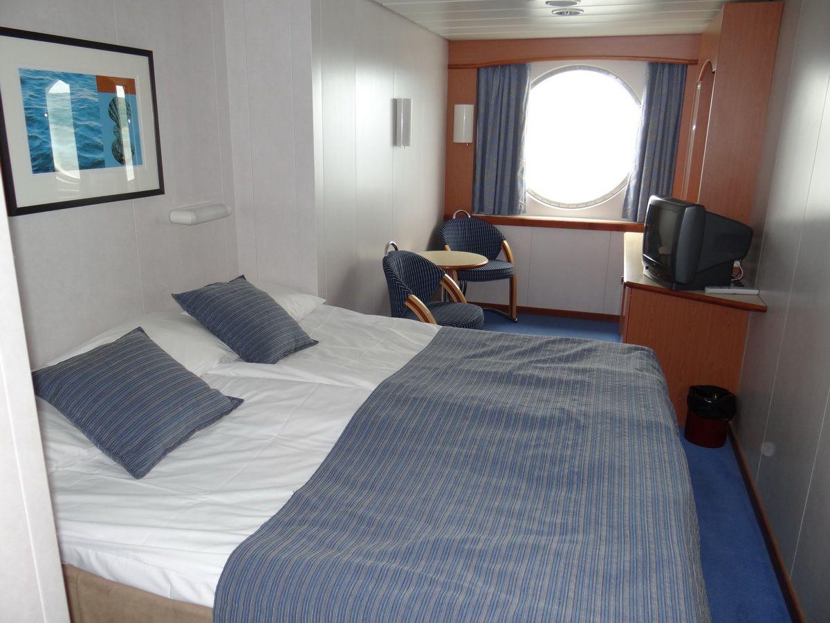 Midnatsol Ocean View Cabin #706 - Hurtigruten Coastal Liner Accommodations