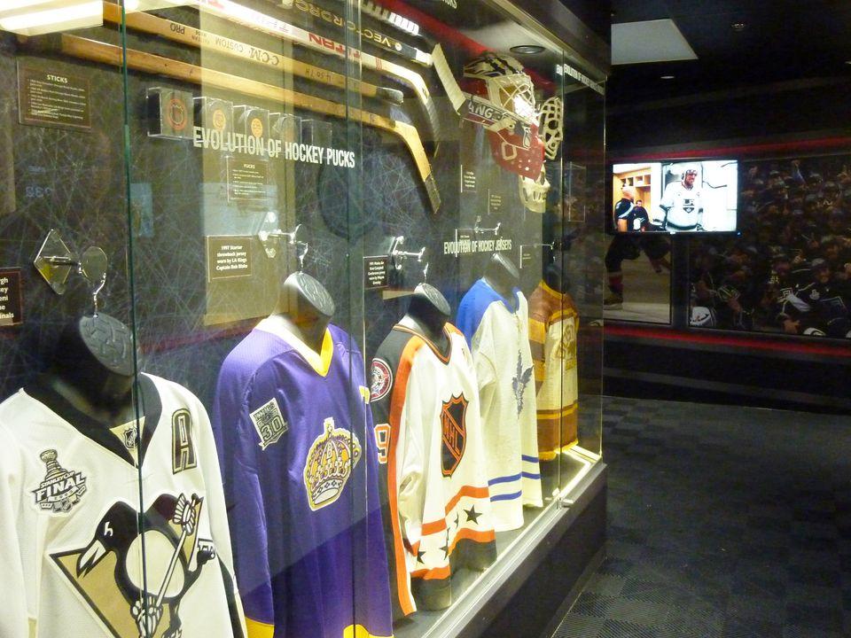 score interactive sports exhibit at luxor las vegas closed