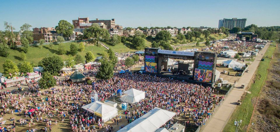 Aerial shot of the crowd and stage at Beale Street Music Festival