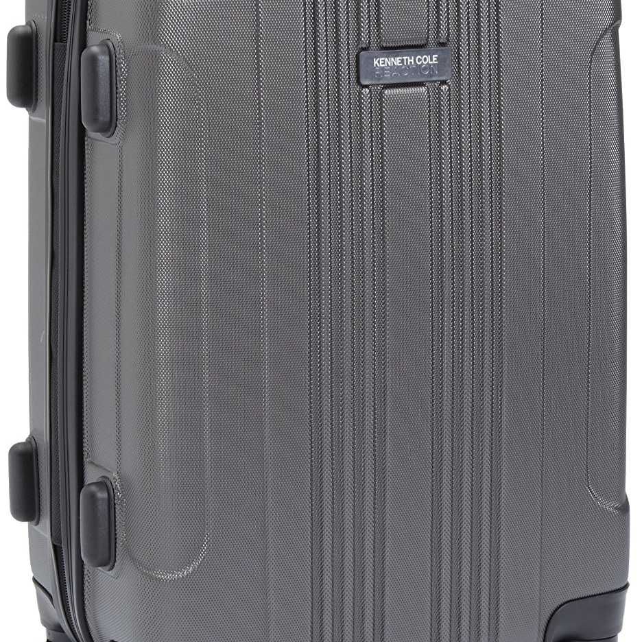 3efe8b89f Kenneth Cole Reaction Out of Bounds 4 wheel Upright Suitcase, 20-Inch