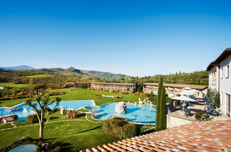 Adler thermae hot springs spa resort in luscious tuscany - Adler bagno vignoni day spa ...