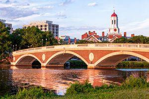 John W. Weeks Bridge, Dunster House, Havard University, Cambridge, Boston, Massachusetts, America