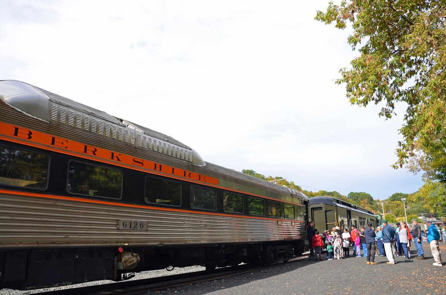 Hoosac Valley Massachusetts Fall Train Rides
