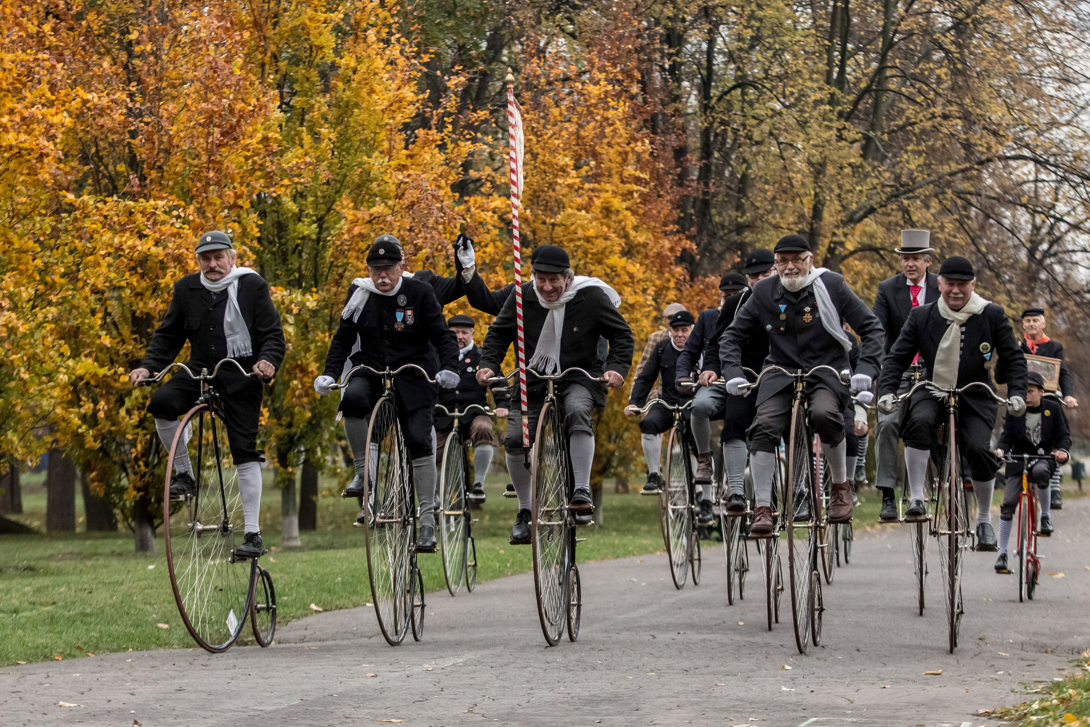 High-Wheel Bicyclists Gather For Prague Race