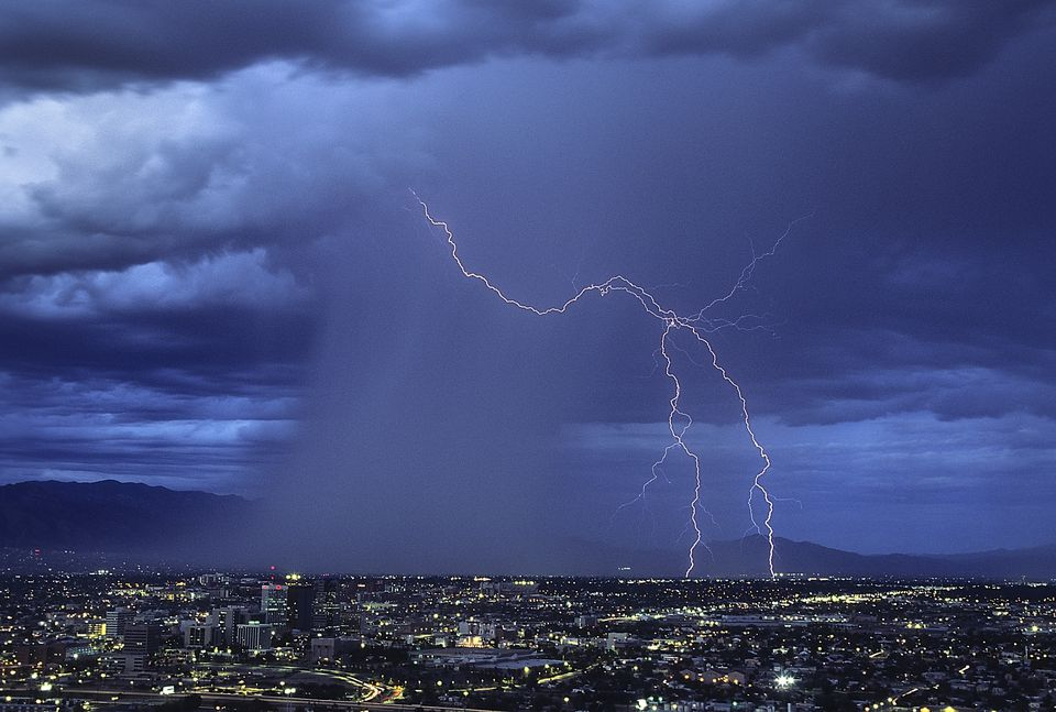How To Be Safe During An Arizona Monsoon Storm