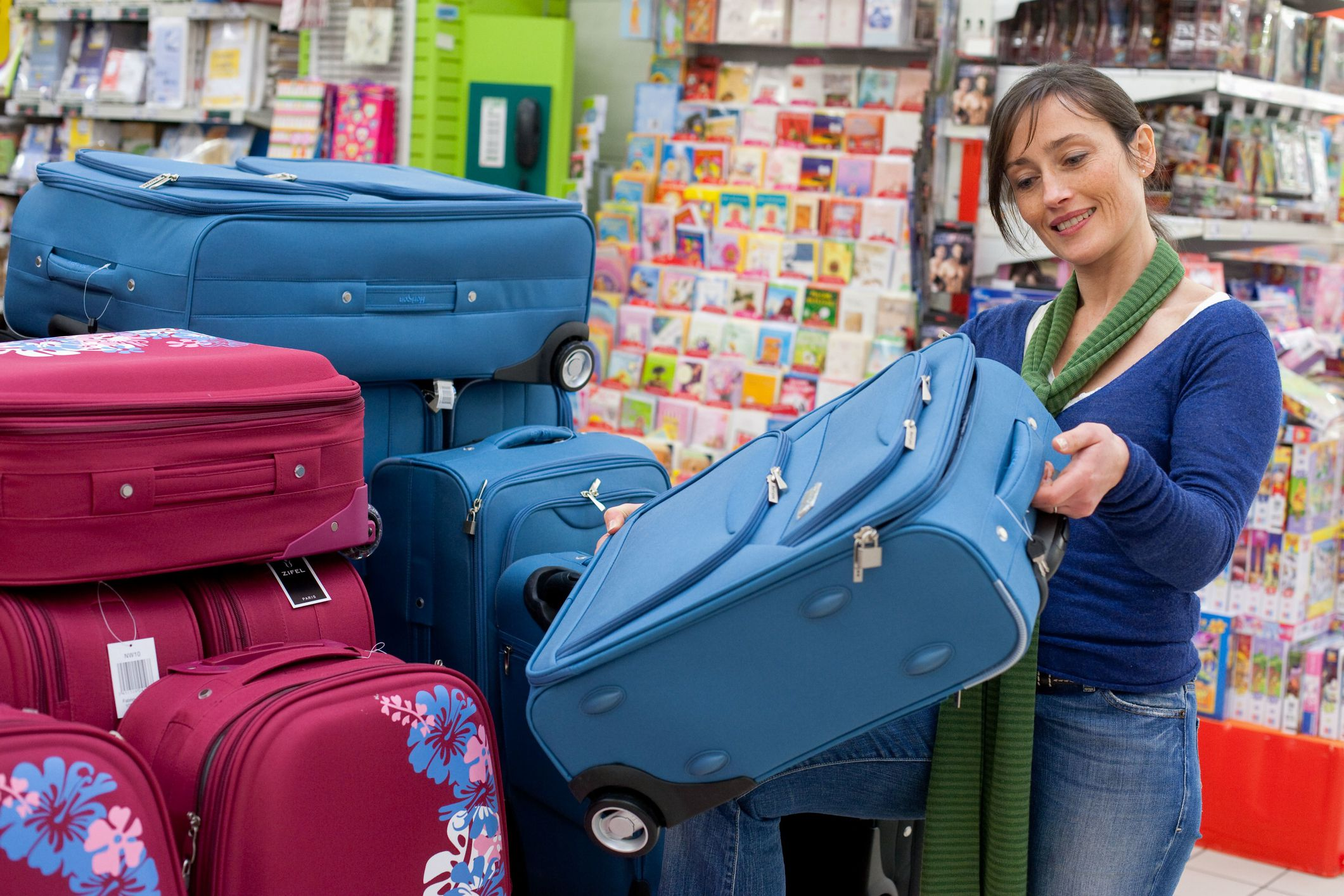 b2cb922fdc3 The 8 Best Places to Buy Luggage in 2019