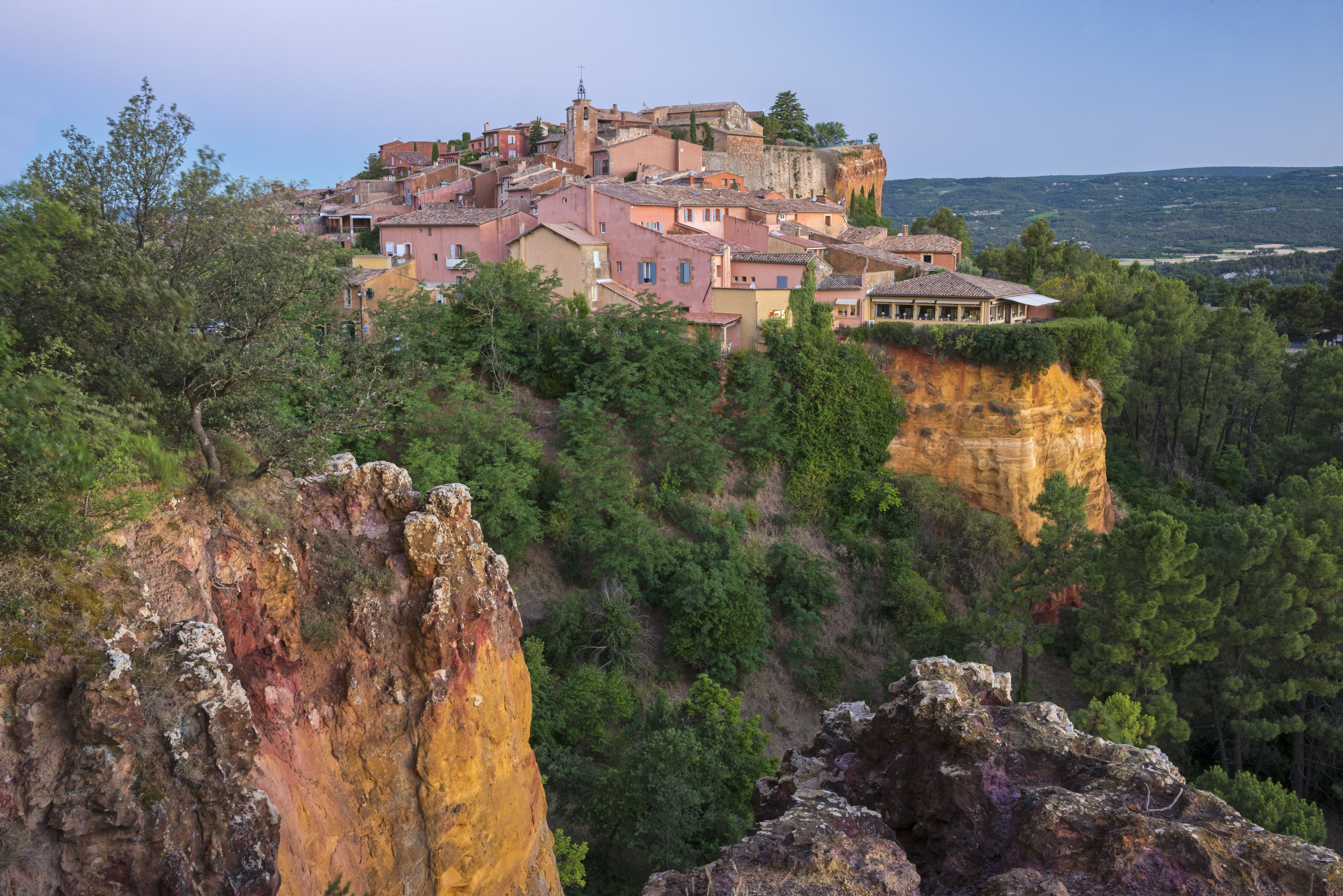 France, Provence, Vaucluse, Roussillon, View of village