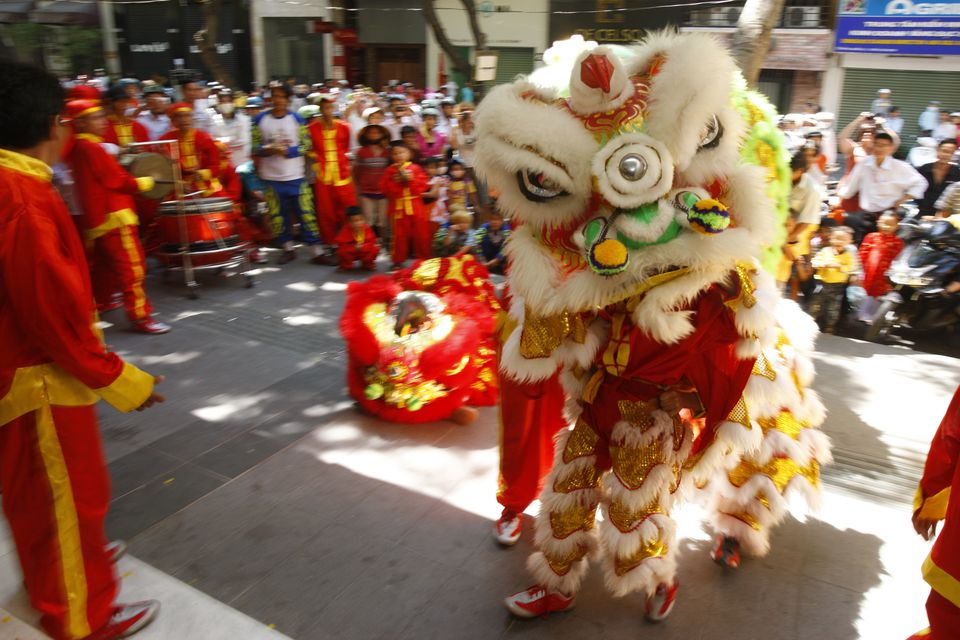 meaning of lion dance