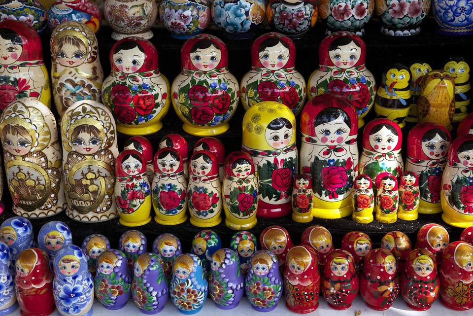 Traditional Russian dolls on sale, St. Petersburg, Russia, Europe