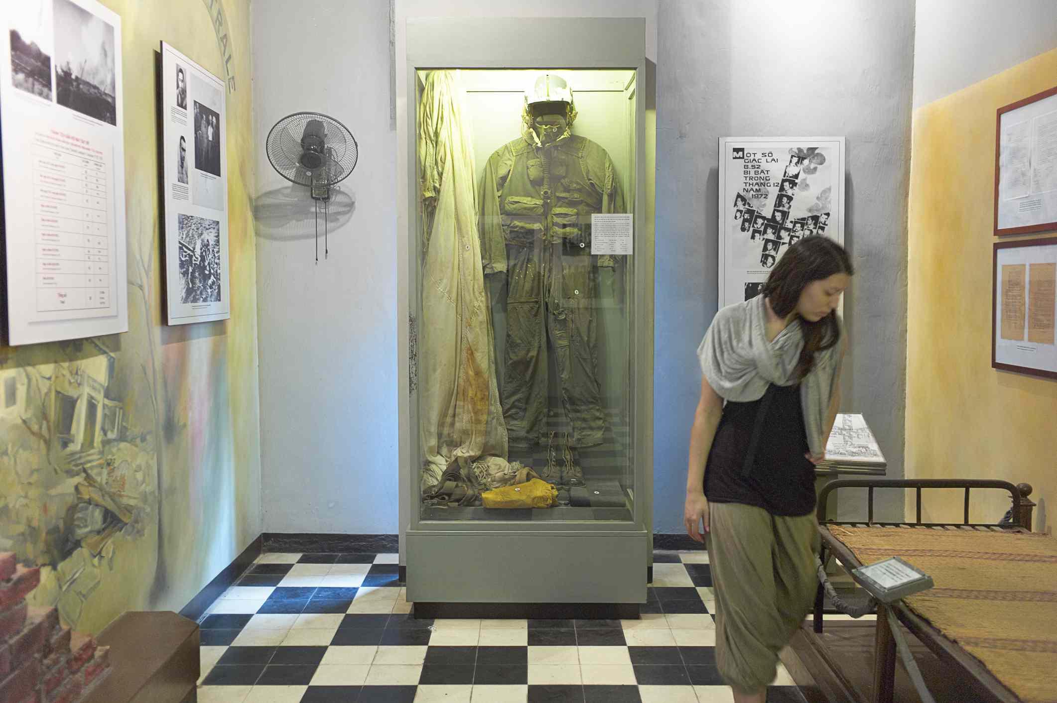 The Pilot Exhibit, Hoa Lo Prison