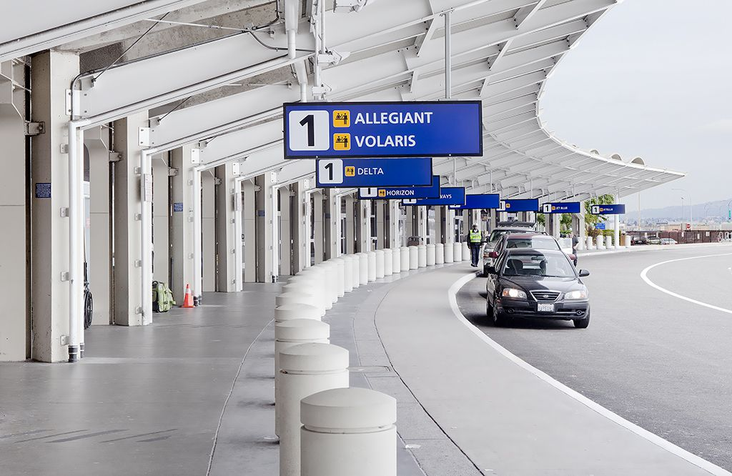 The departures drop-off area outside Terminal 1 at Oakland International Airport