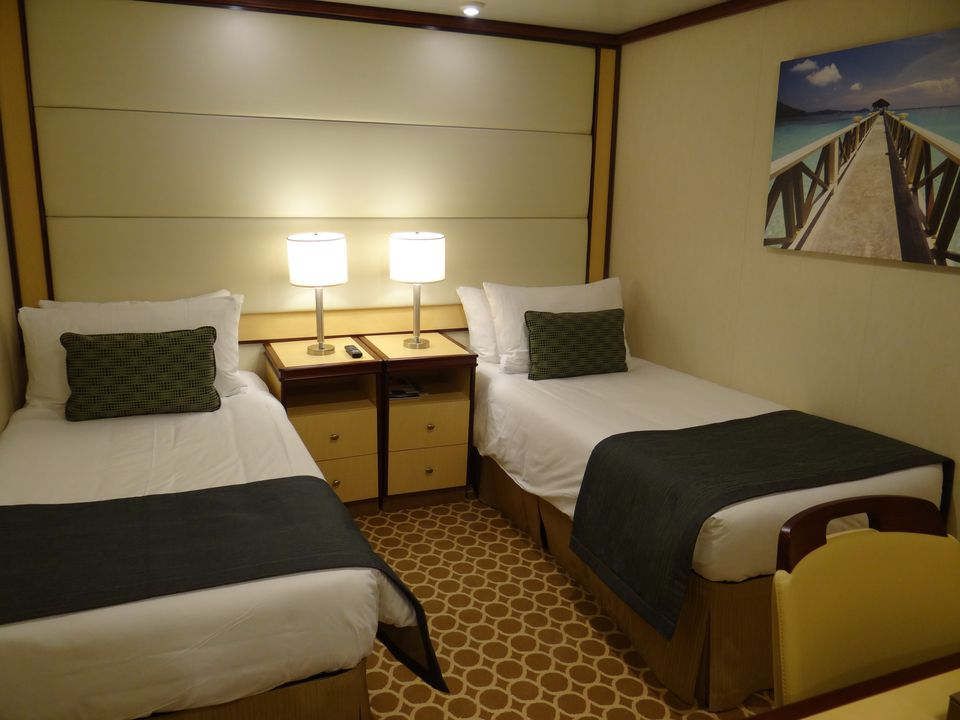 Regal Princess - Twin-bedded interior cabin
