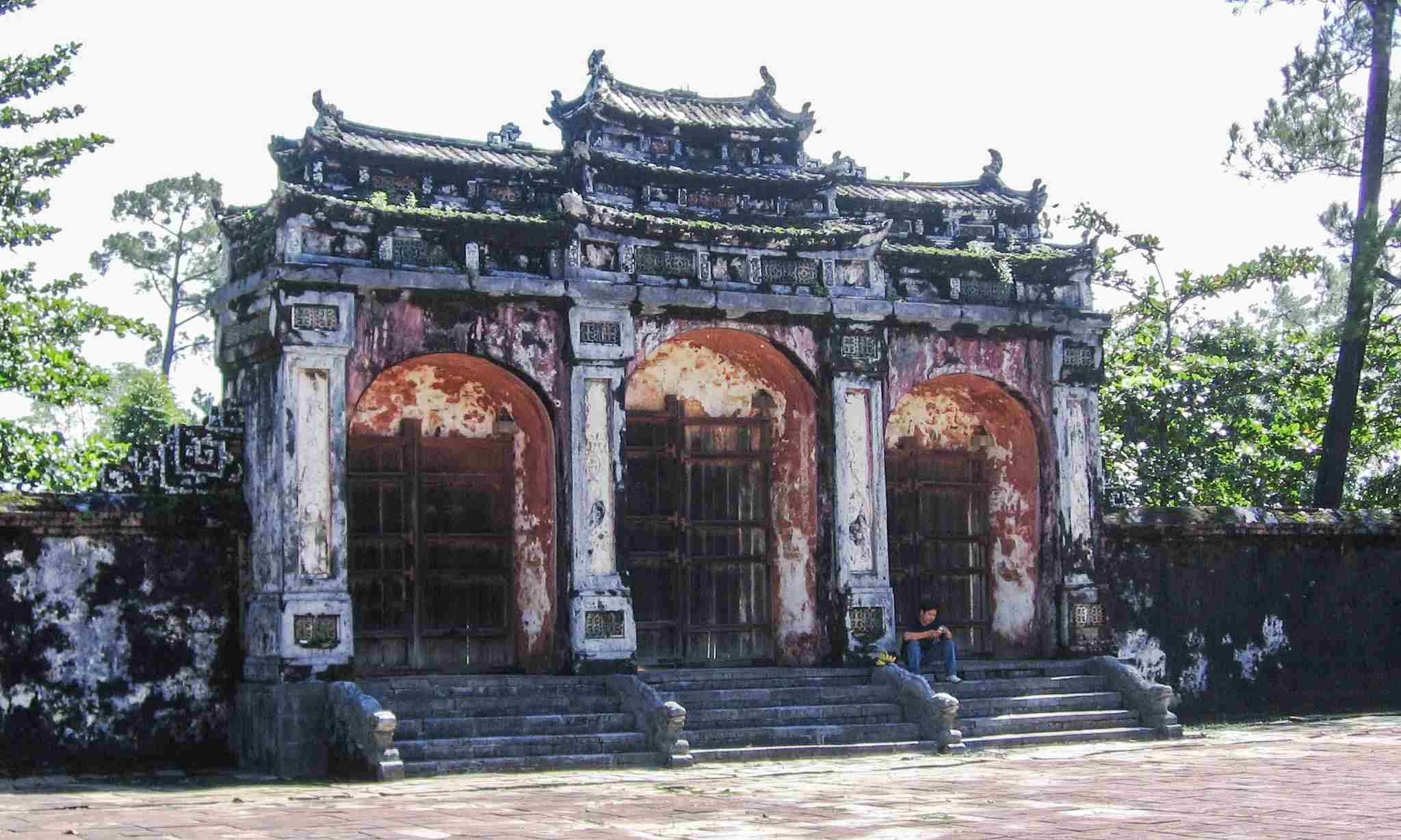 Dai Hong Mon Gate at the Minh Mang Royal Tombs