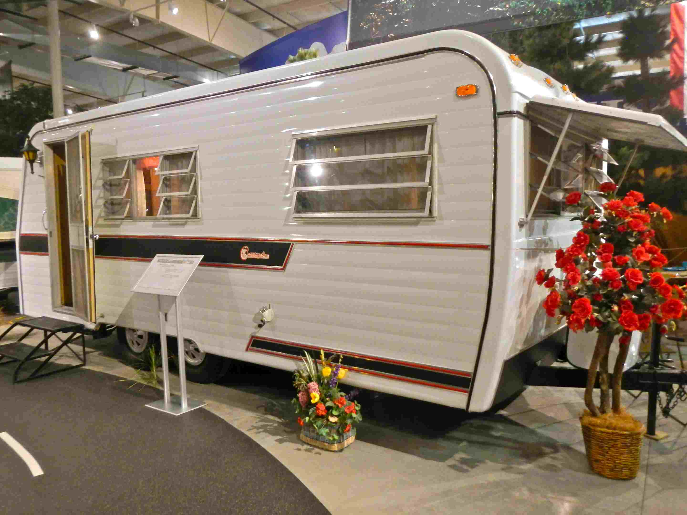 1968 Carriage Travel Trailer en el RV / Mobile Home Hall of Fame