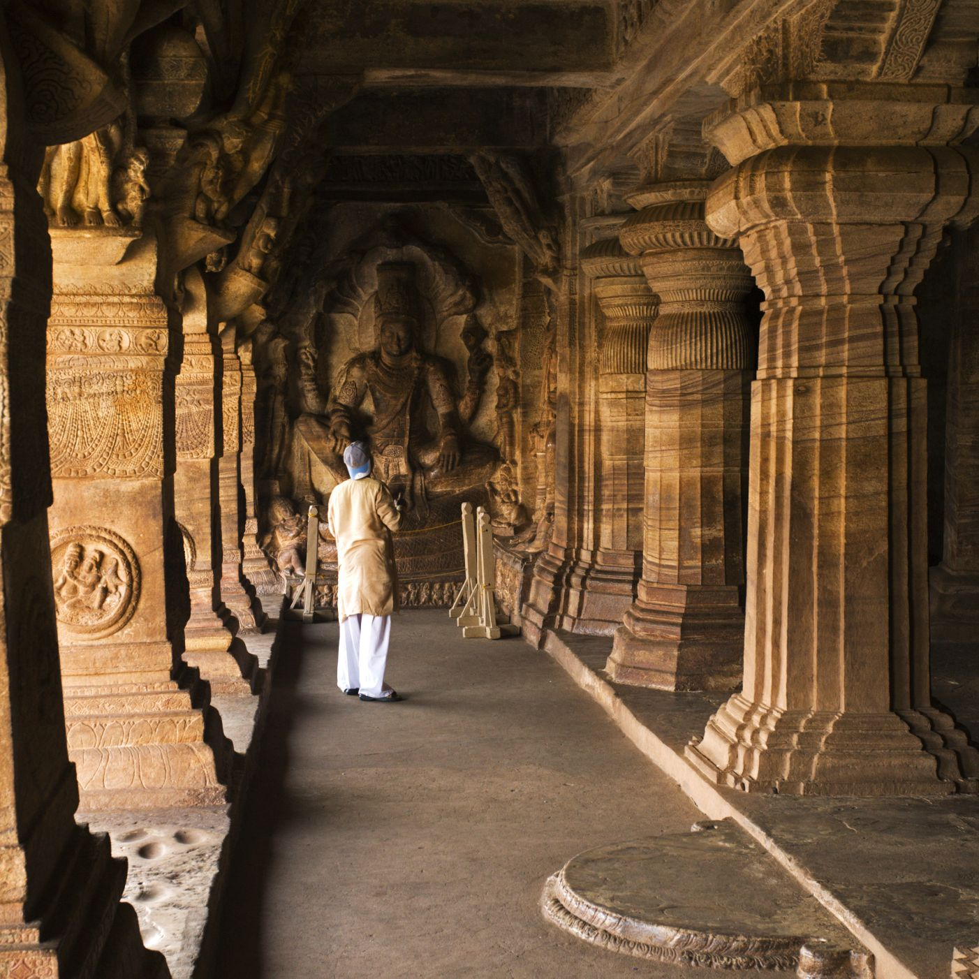 15 Top Tourist Places to Visit in South India