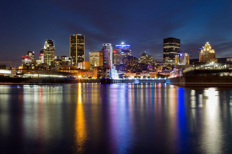 Las mejores vistas del horizonte de Montreal se pueden ver en los siguientes lugares.
