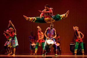 Muntu Dance Theatre of Chicago