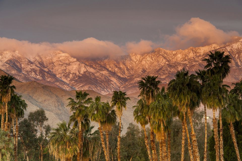 The San Jacinto and Santa Rosa mountain ranges, Palm Springs, California, USA