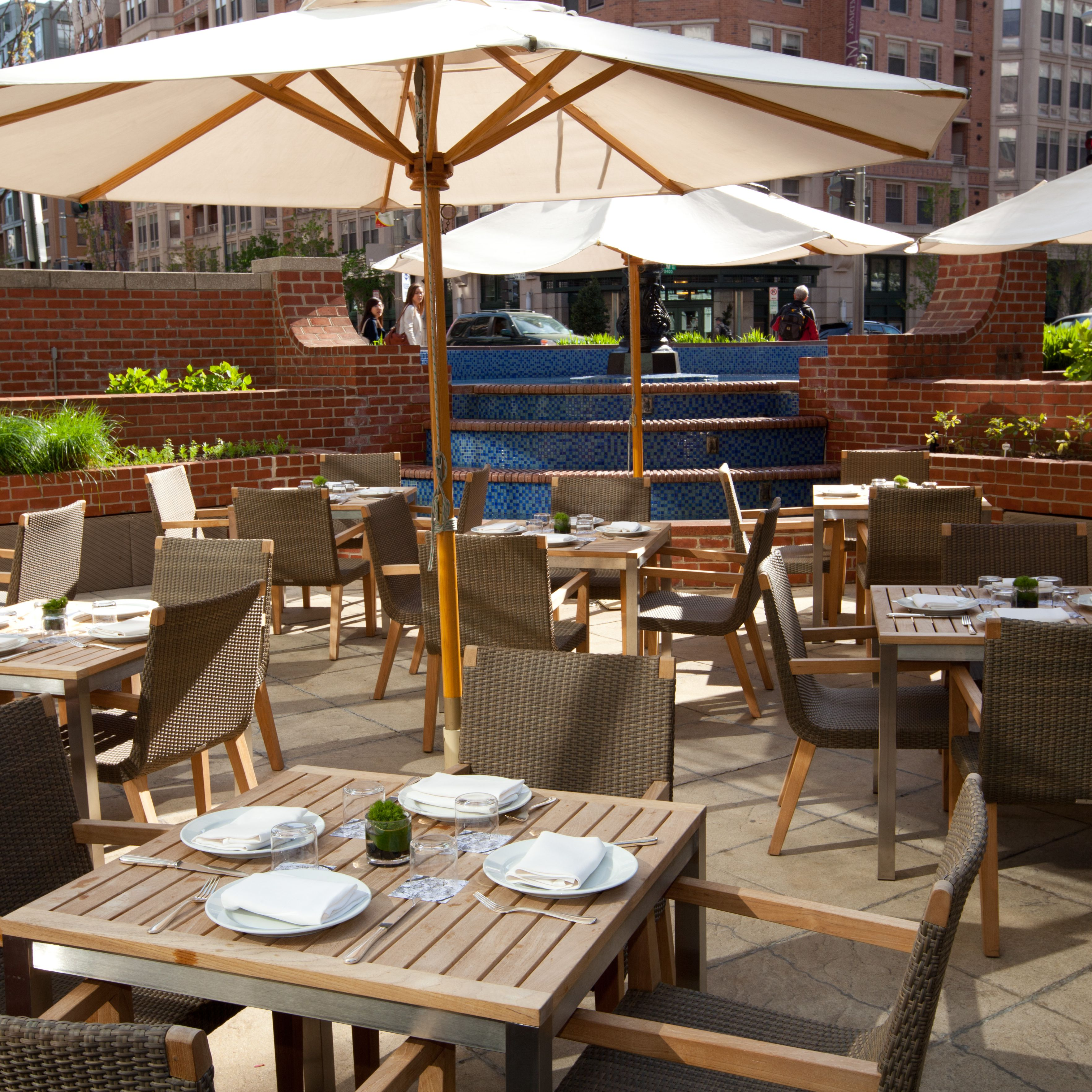 Restaurants With Outdoor Seating Dupont Circle