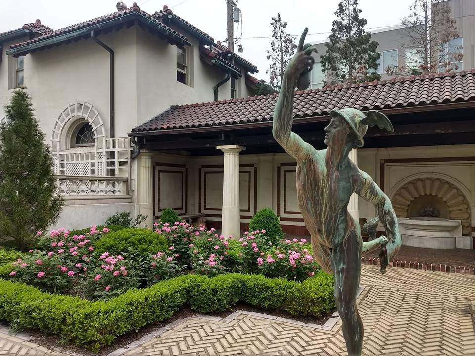 Cleveland History Center Hay-McKinney garden