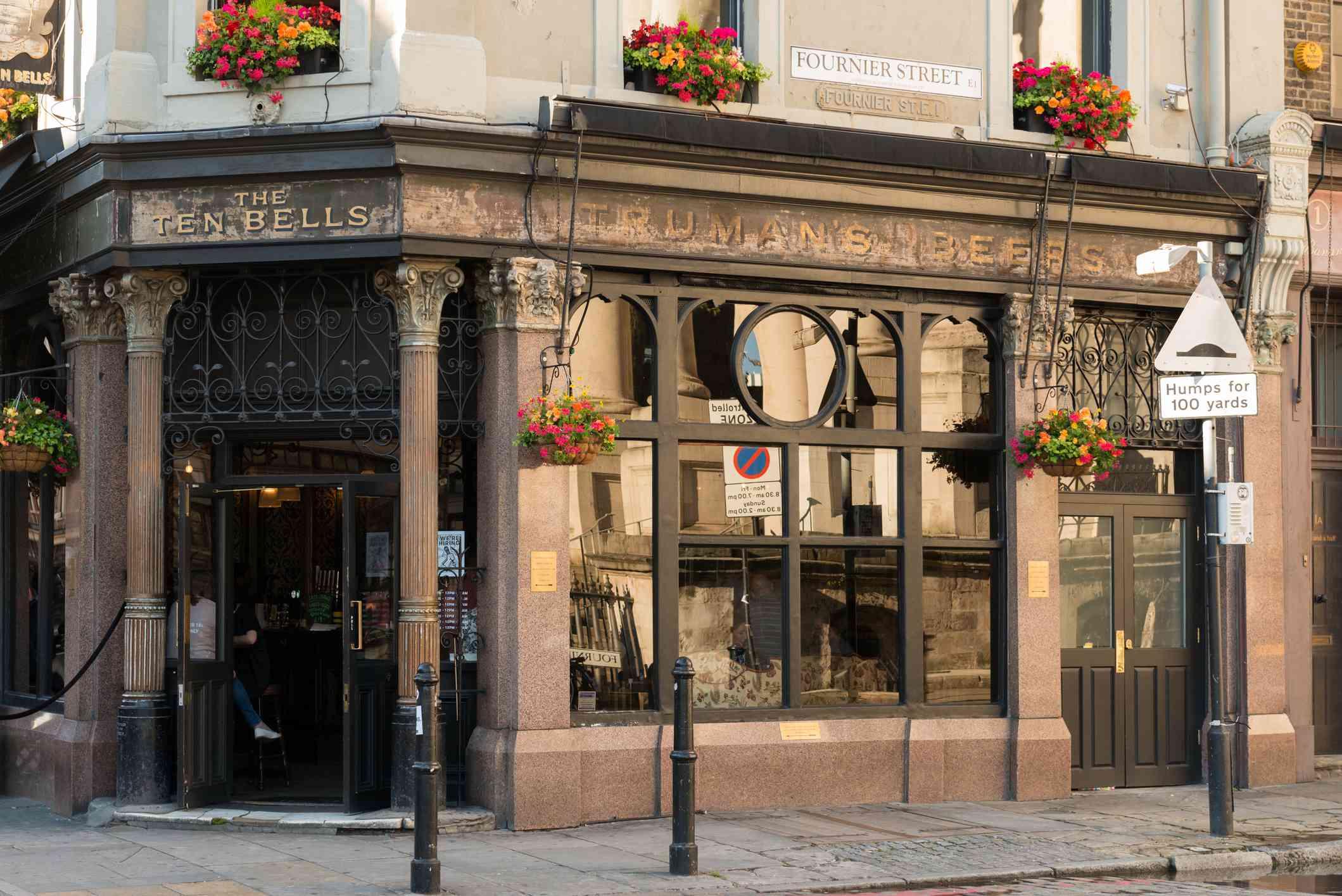 10 Bells Pub in London