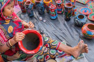 settings Terracotta pots, Indian handicrafts fair at Kolkata