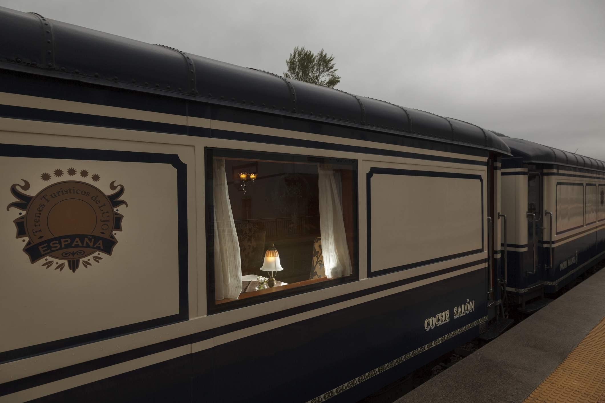 Transcantabrico luxury train