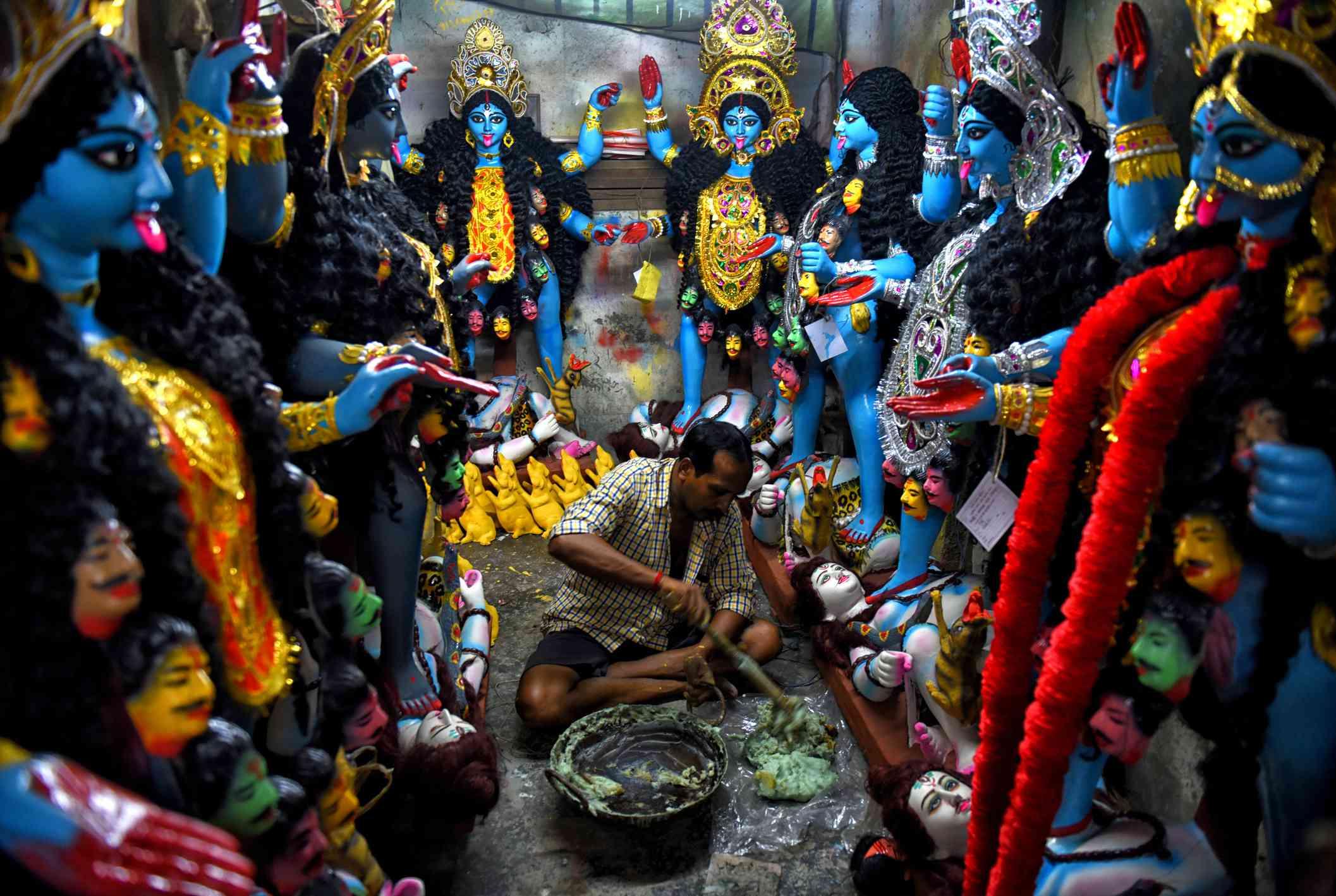 Kali Puja preparation at Kumartuli