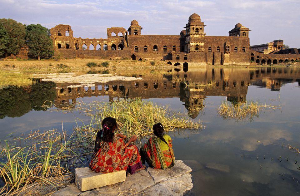 Jahaz Mahal palace ruins, Mandu.
