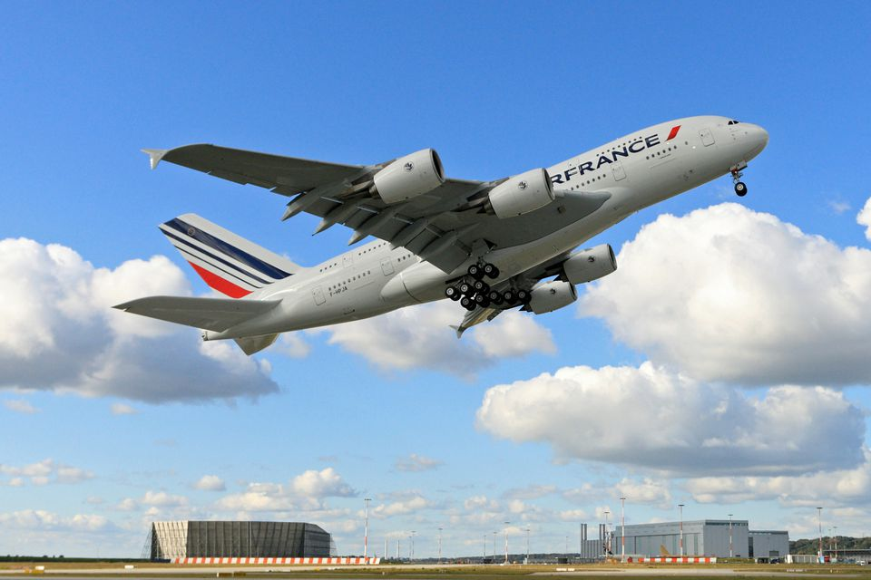 Air France is one of Europe s best-known airlines. 7431bd1241e79