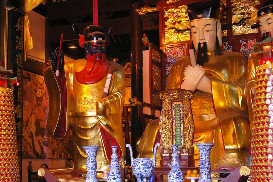 temple of the city god shanghai