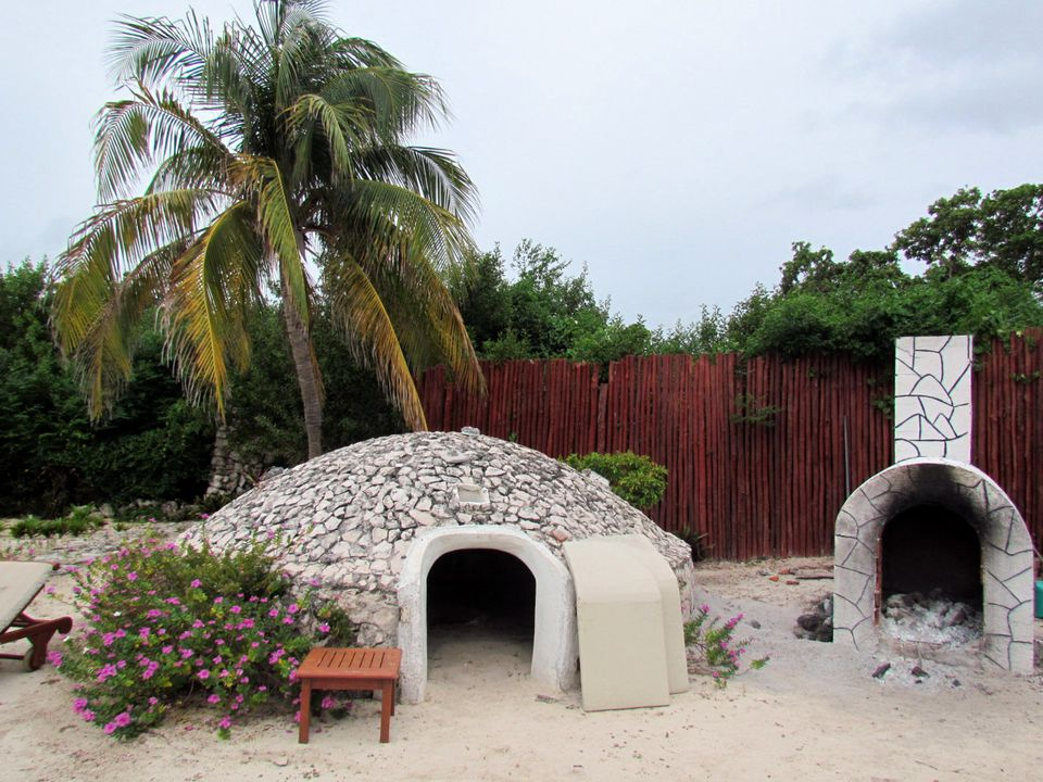 A temazcal structure for steam bath