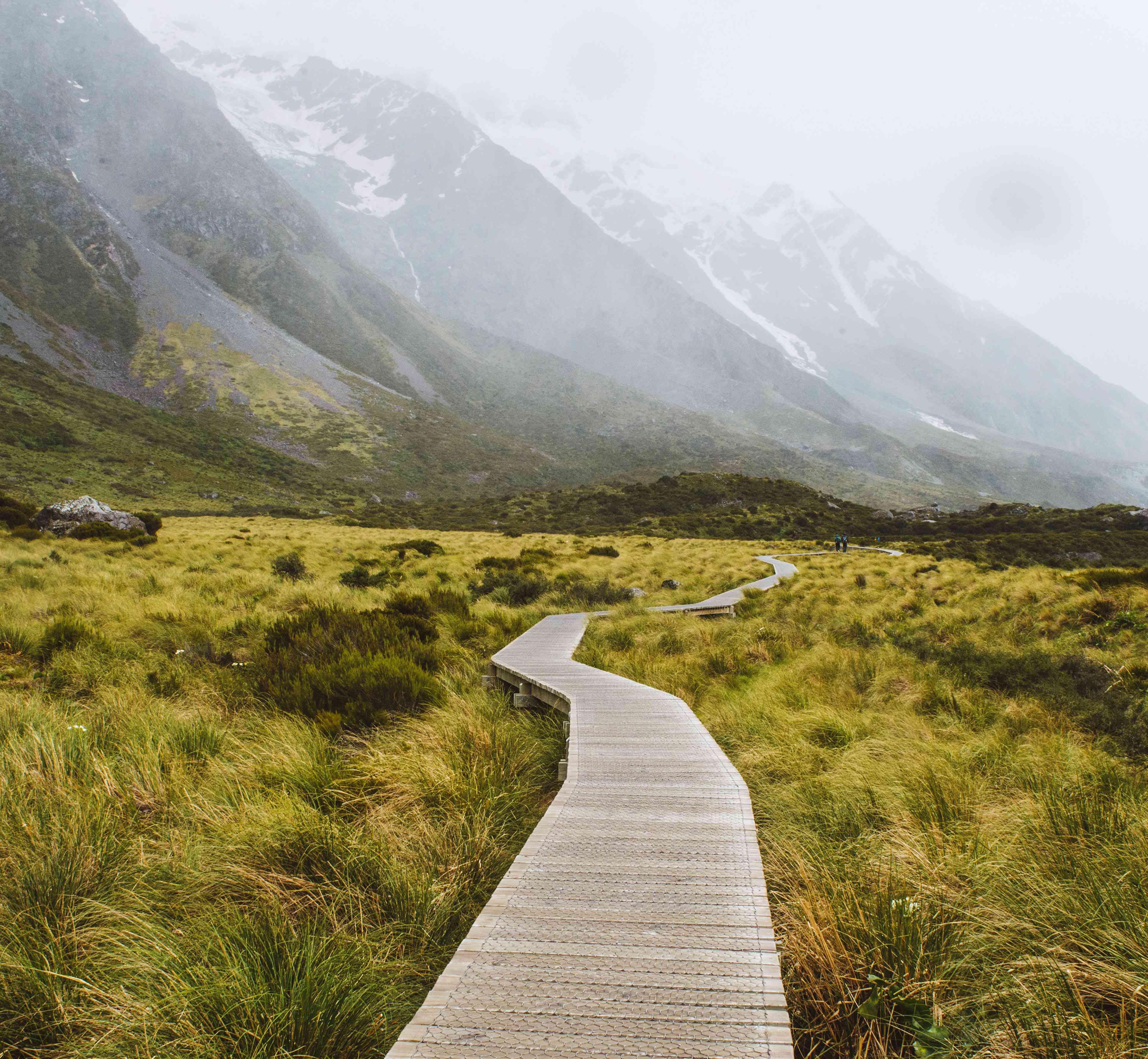 Wooden walkway through Hooker Valley trail
