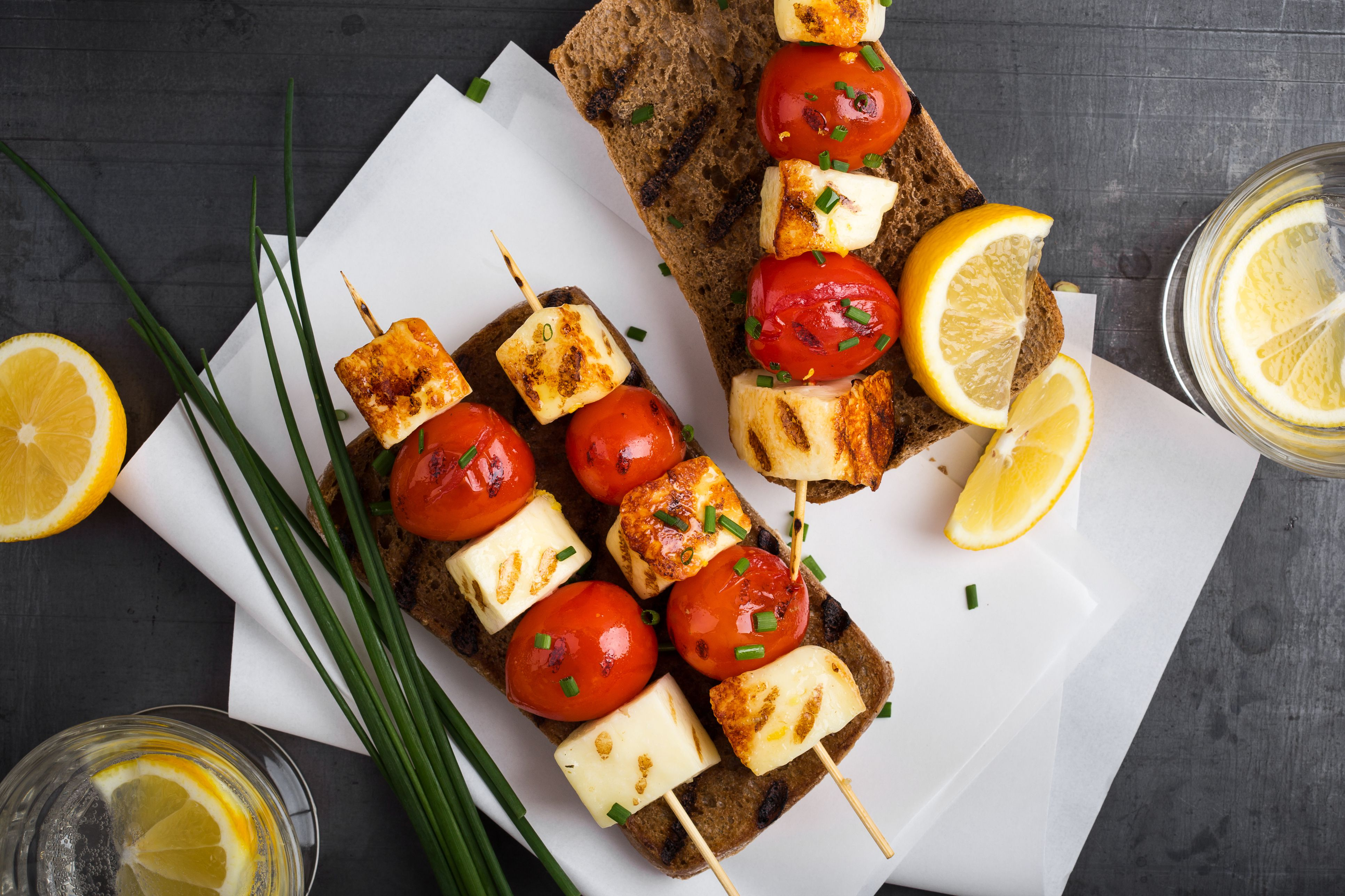 Grilled haloumi skewer sandwich with tomato