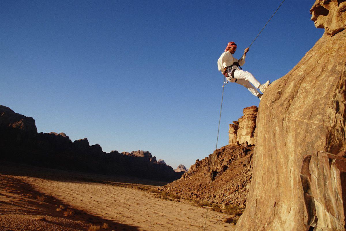 Rock climbing Wadi Rum