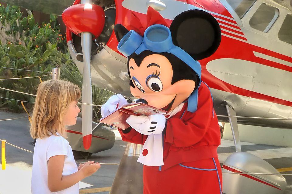 all about characters at disneyland and california adventure - 960×640