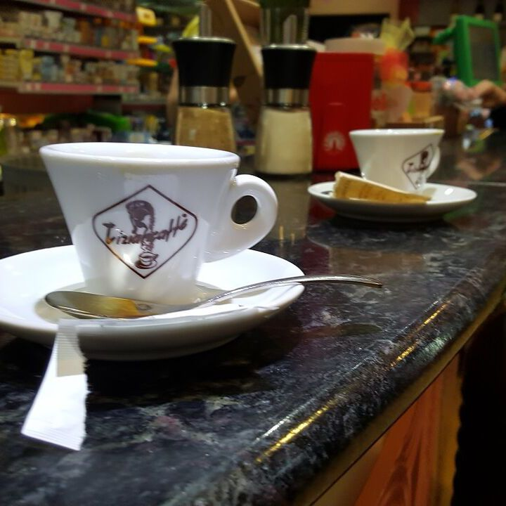 Coffee Culture: How to Order Italian Coffee Drinks at a Bar in Italy