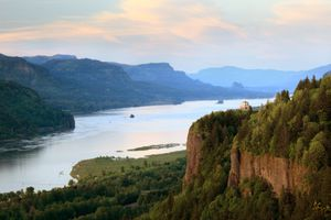 Columbia River Gorge View from Chanticleer Point