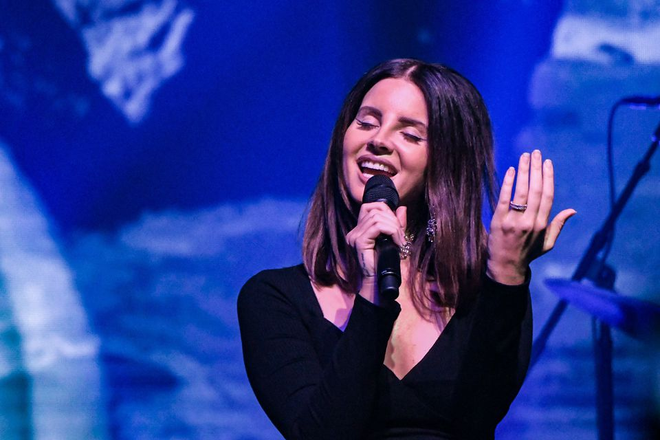Montreal concerts in November 2017 include a Leonard Cohen tribute with Lana Del Rey.