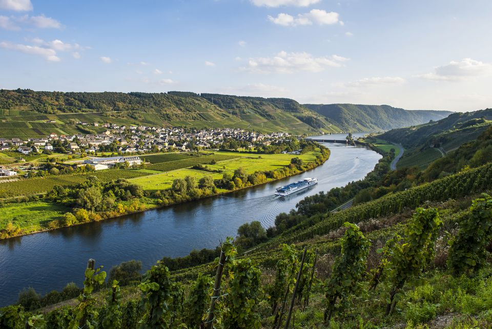 Cruise ship on the Mosel (Moselle) River near Wintrich, Germany