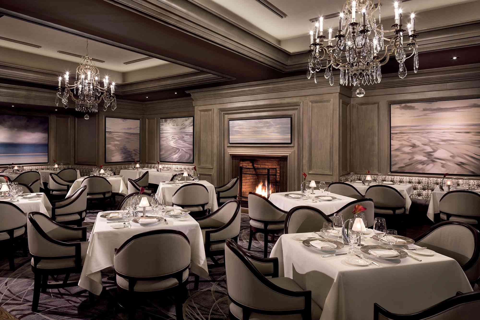 The Grille and the Restaurant at the Ritz-Carlton
