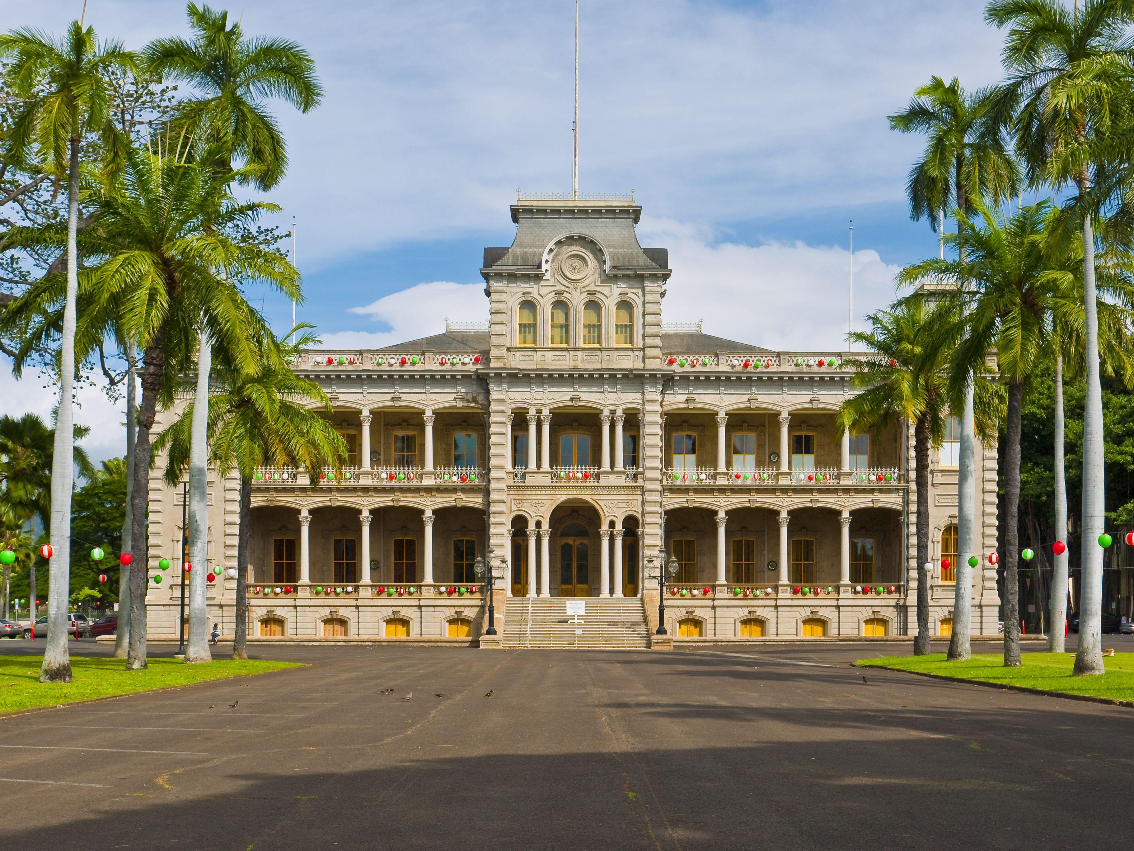 Oahu Palace Tour