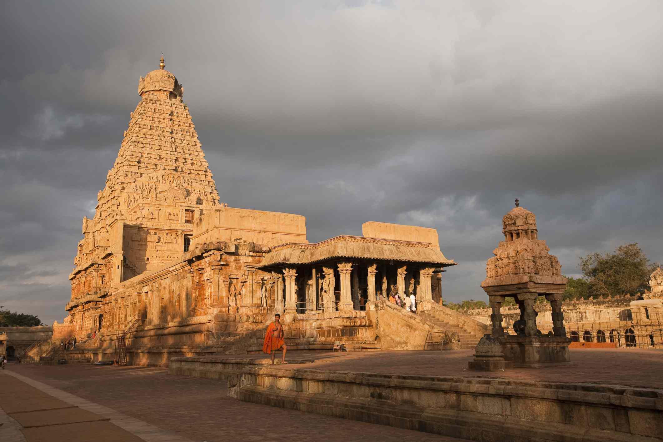 Brihasdishwara temple at dawn, Thanjavur.