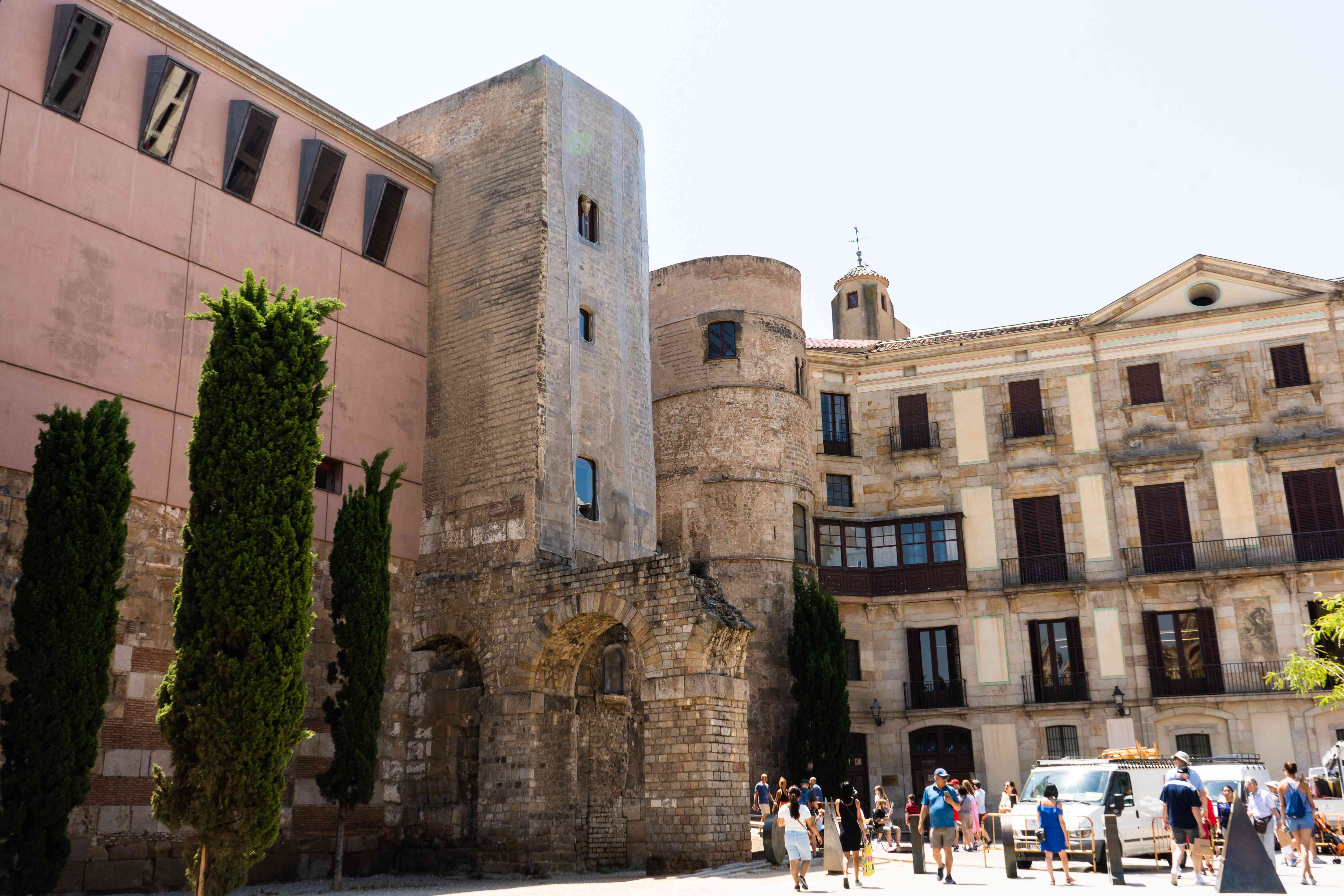 Roman Ruins in Portal del Bisbe, Barcelona