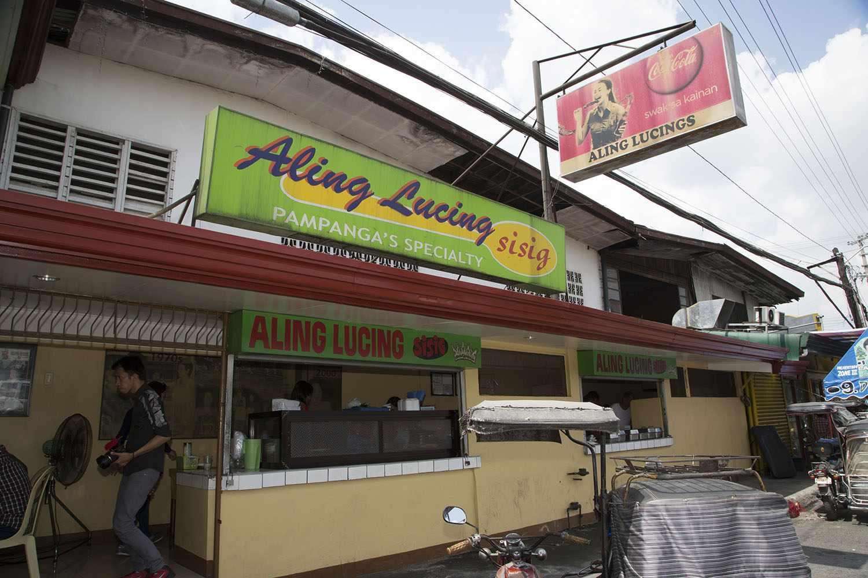Aling Lucing's storefront, Pampanga