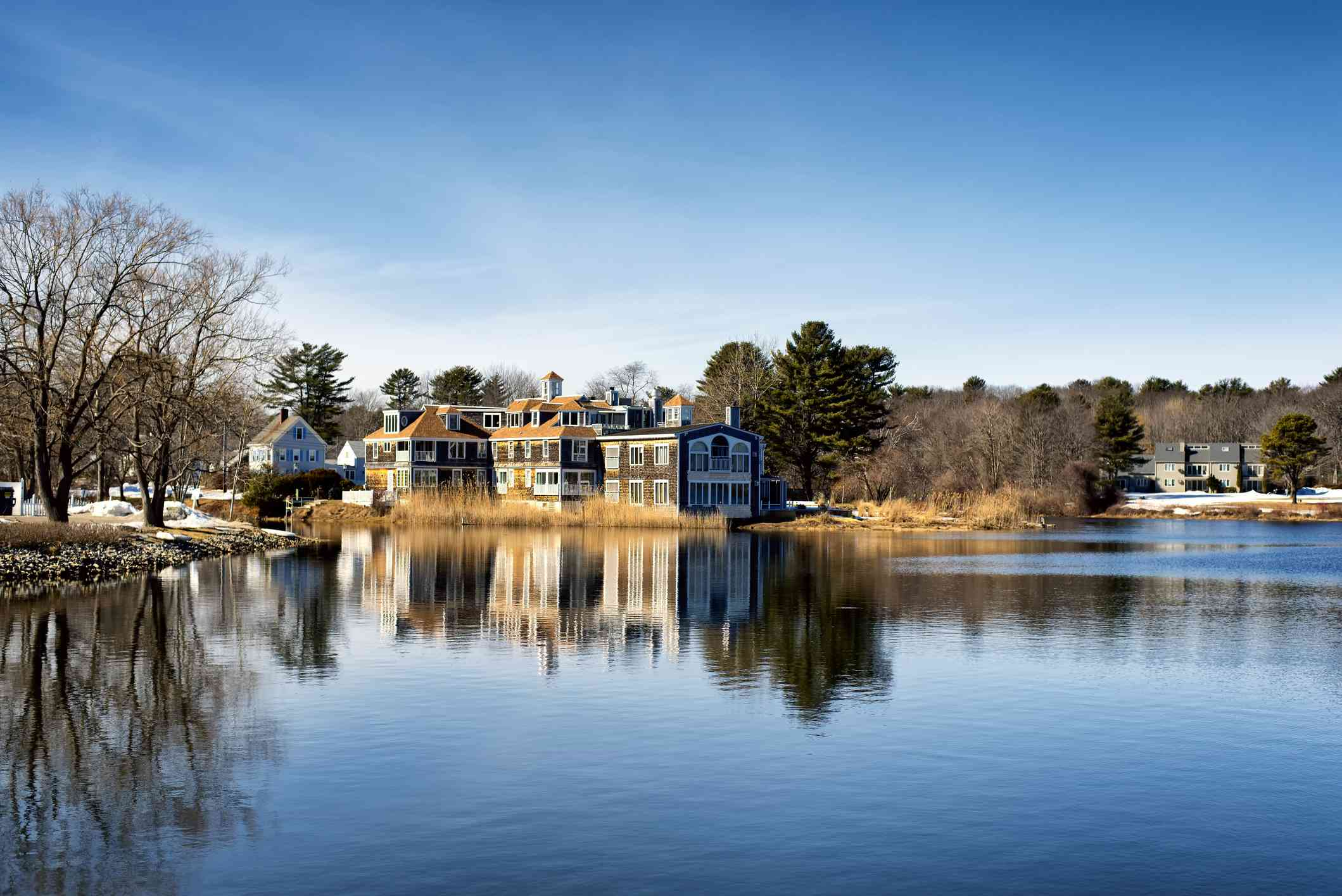 Kennebunkport Maine Mansion on the water