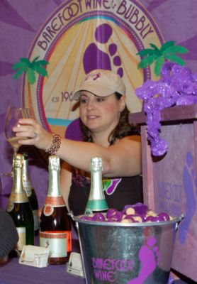 Barefoot Bubbly Flows at Sun WineFest