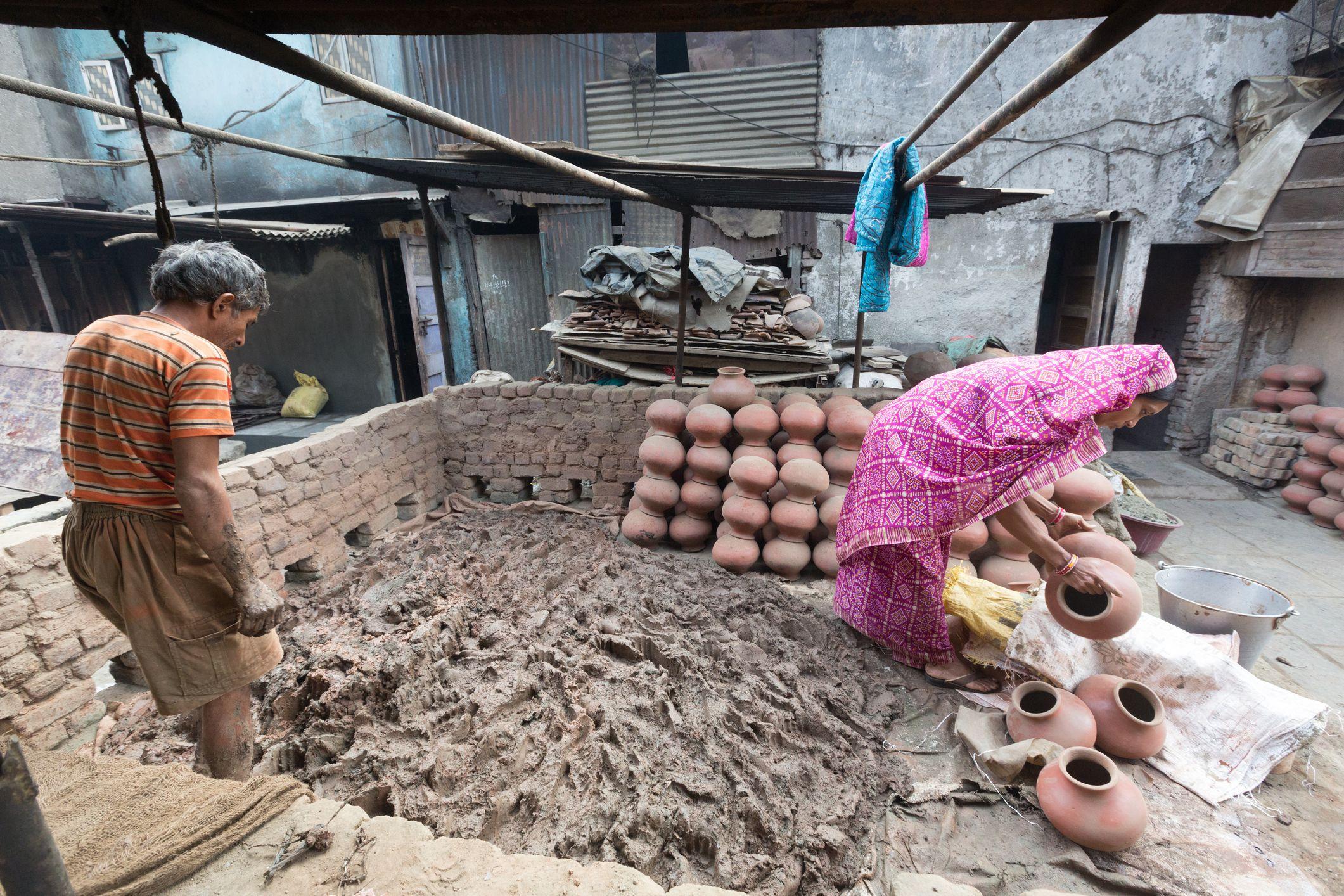 Pottery in Dharavi.