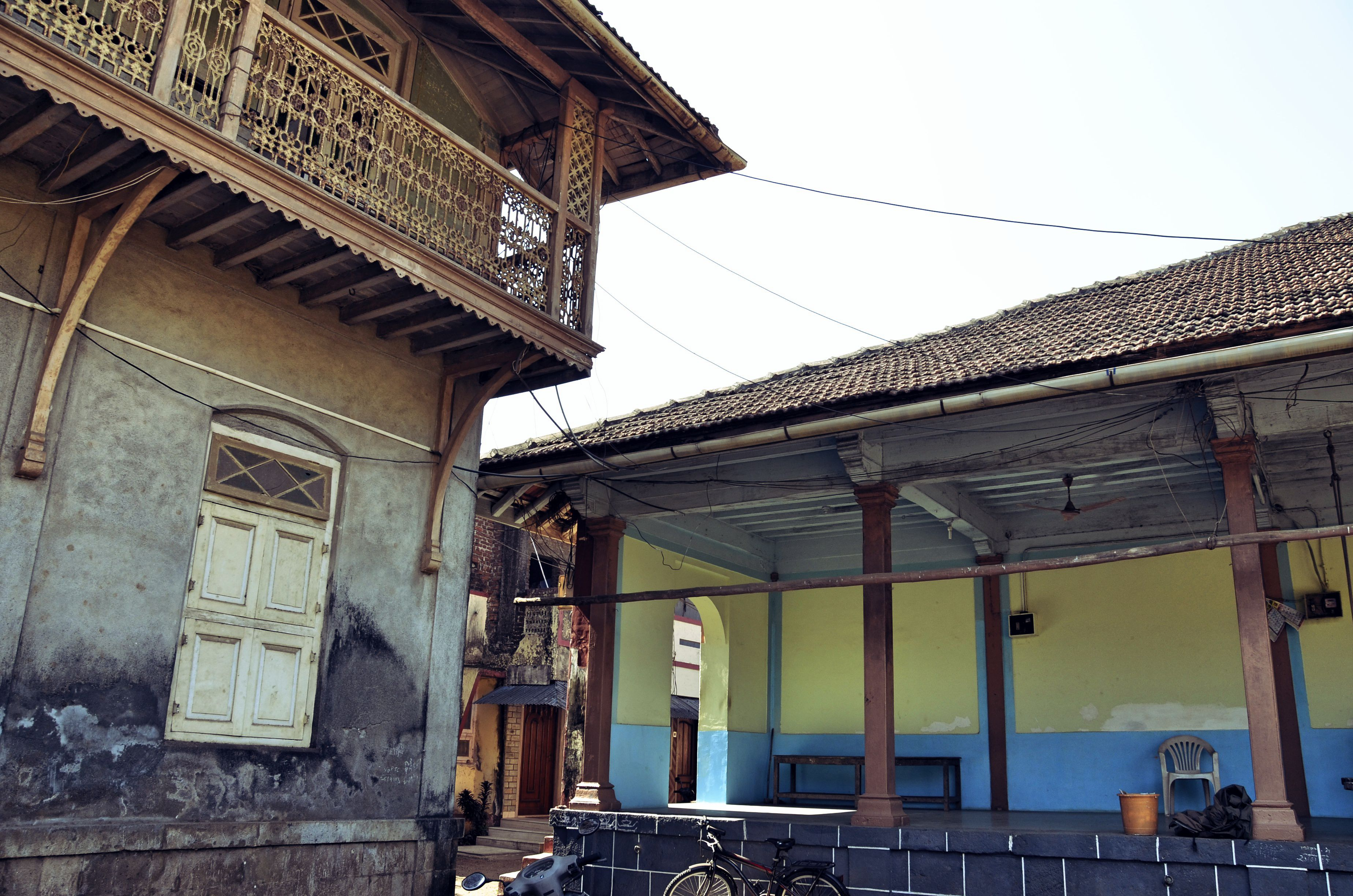 Historic homes in Vasai.