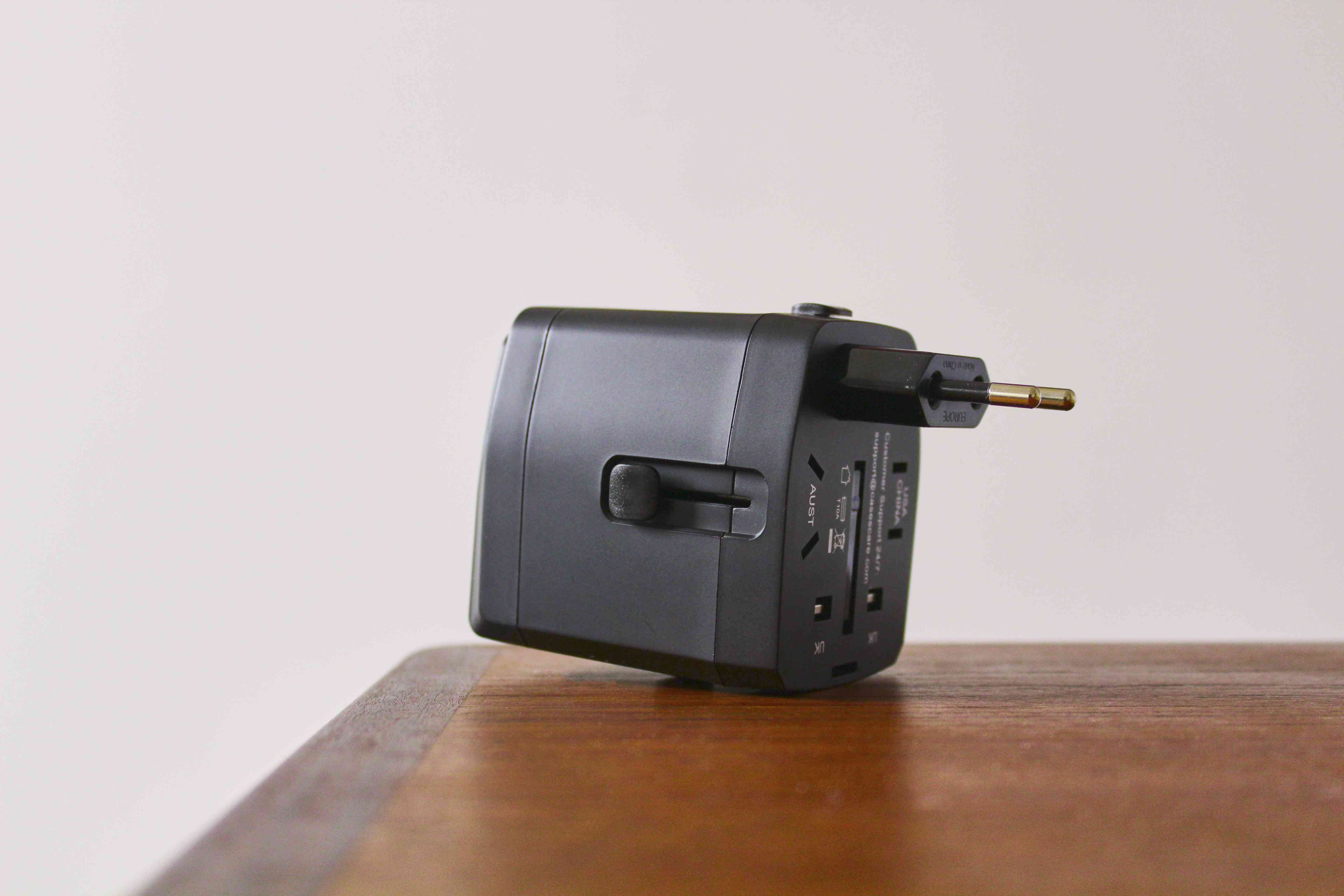 Bonazza All-in-One Adapter and Converter